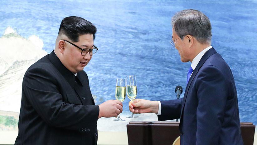 El inusual cambio de comportamiento de Kim Jong-un durante la histórica cumbre intercoreana