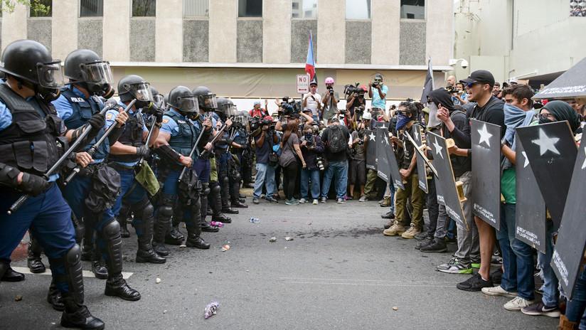 FOTOS: Enfrentamientos entre Policía y manifestantes en Puerto Rico durante el Primero de Mayo