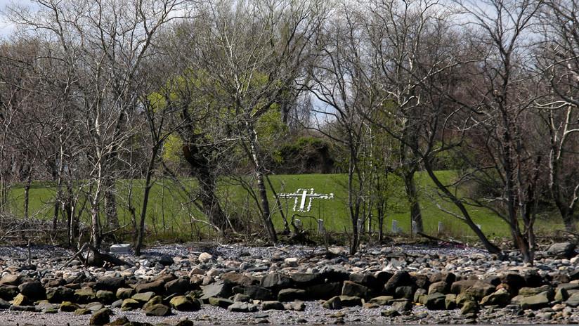 FOTO: Emergen decenas de esqueletos humanos en una isla de Nueva York