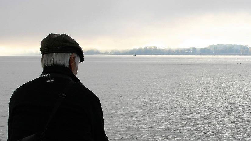 Un anciano chino de 85 años tenía miedo de morir en soledad y se dio en adopción (sin final feliz)