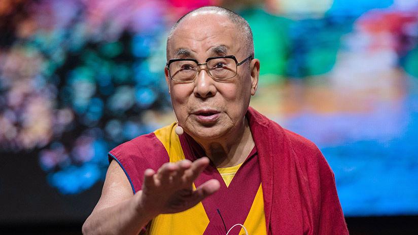 El Dalái Lama revela por qué hace cosquillas a los policías