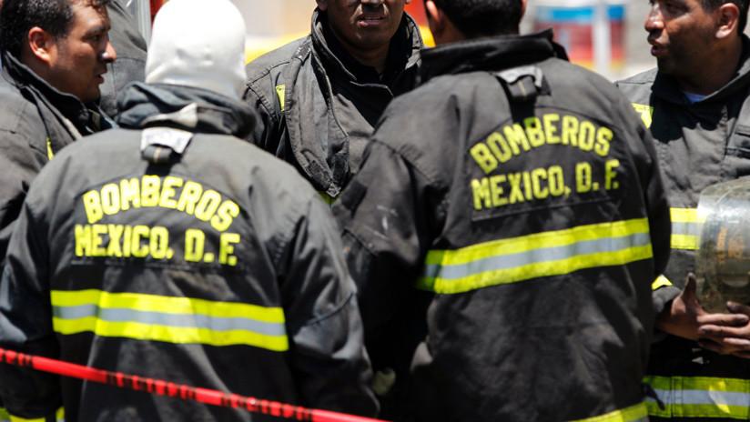 VIDEO, FOTO: Reportan una fuerte explosión y un derrumbe en la Ciudad de México