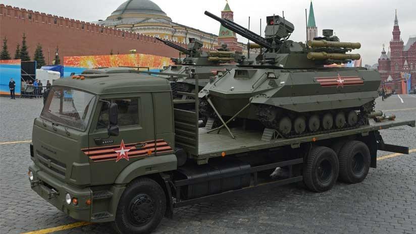 VIDEO: Así actúa en combate el robot ruso Uran-9, estrella del desfile militar del 9 de mayo