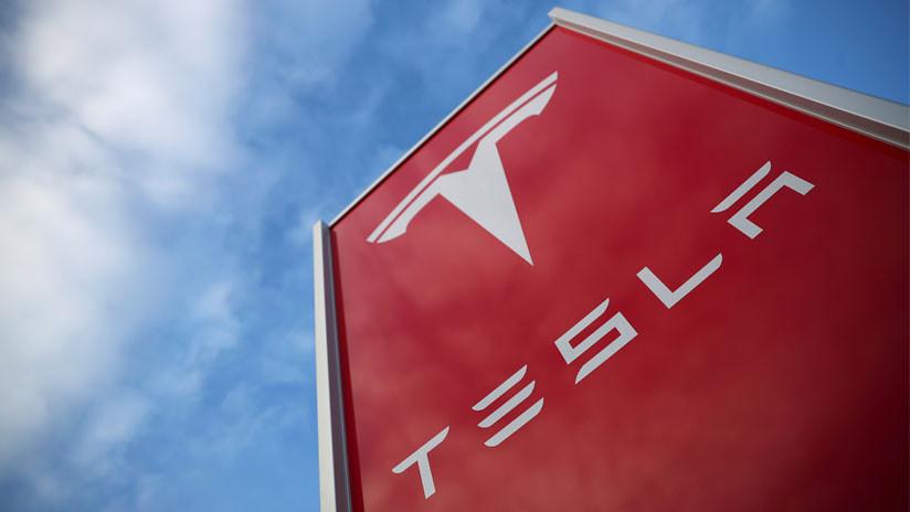 Tesla amenaza con despedir a los subcontratados que no tengan el aval de un trabajador de la empresa