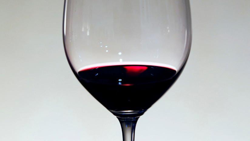 No es culpa de la borrachera: dos copas de vino pueden reducir 40% la calidad del sueño