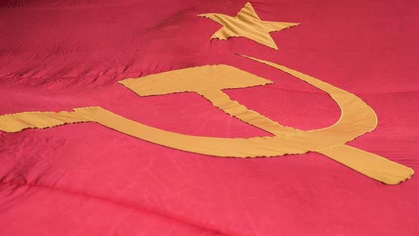 Indignación y debate en la Red por una nueva línea de Adidas inspirada en la URSS (FOTO)