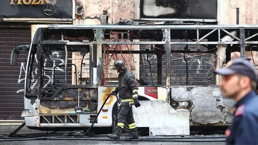 Italia: Un autobús se incendia y explota en pleno centro de Roma (FOTO, VIDEOS)