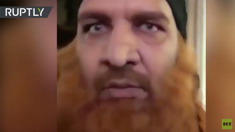 Se disfrazan de miembros del Estado Islámico y siembran el terror en un centro comercial (VIDEO)