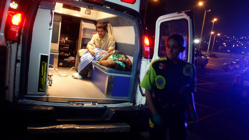FUERTE VIDEO: Una madre muere tras caer al vacío con su hija desde una atracción en México