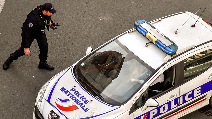 VIDEO: Dos muertos y varios heridos en un ataque con cuchillo en París