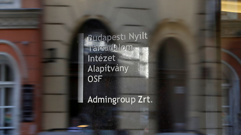La fundación de Soros deja de operar en Hungría