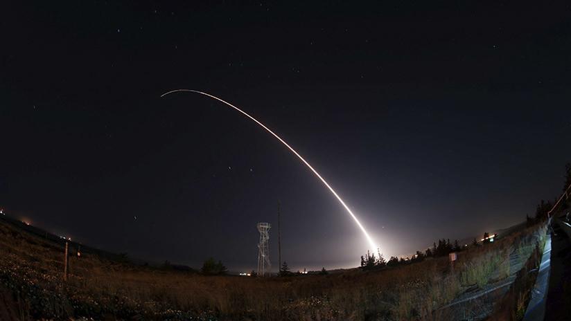 Listos para un conflicto nuclear: EE.UU. prueba misiles de la Guerra Fría (VIDEO)