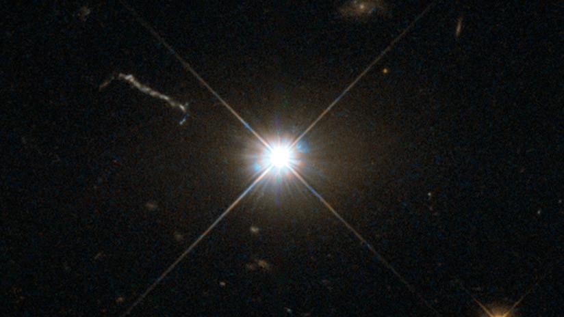 Hallan un 'monstruoso' agujero negro que devora una masa igual a la del Sol cada dos días