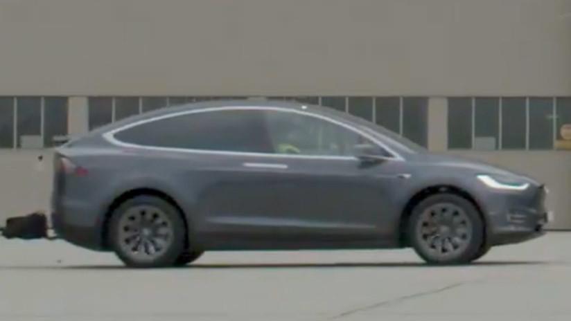 """""""Espérenlo"""": Tesla publica un enigmático video en su cuenta de Twitter"""