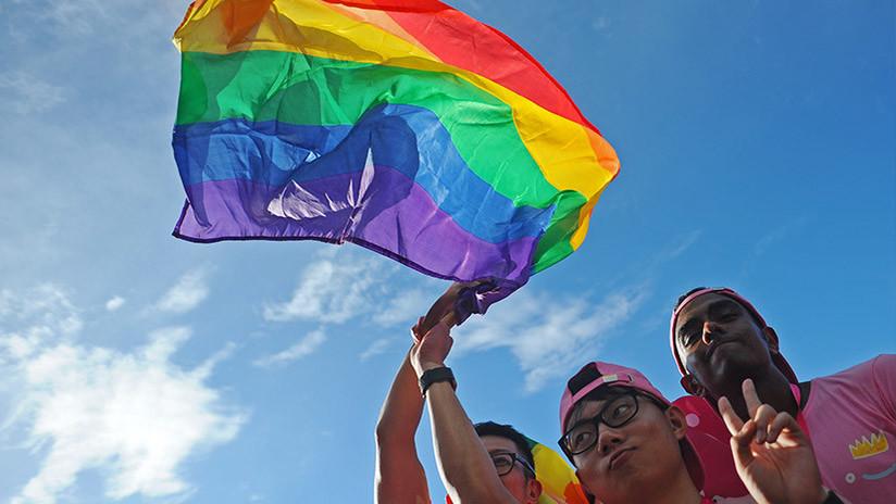 VIDEO: Político mexicano confunde a la comunidad gay con una rural
