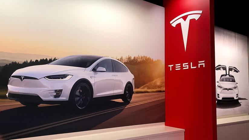 El Model X de Tesla registra un nuevo récord al remolcar un Boeing de más de 130 toneladas (VIDEO)