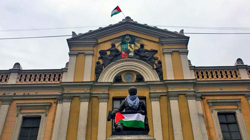 FOTOS: Agrupaciones palestinas toman la Universidad de Chile y exigen el fin de la represión en Gaza