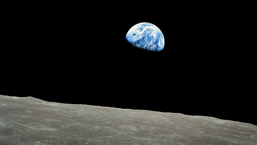 'Un punto azul pálido': Toman una foto increíble de la Tierra y la Luna a un millón de kilómetros