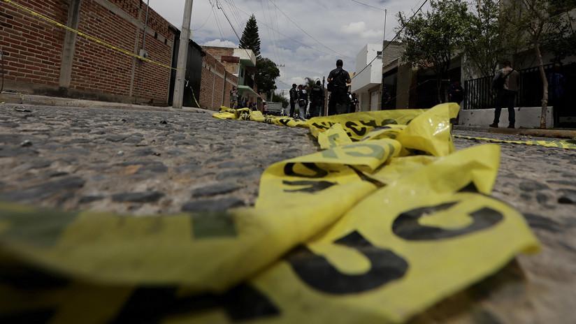 México: Atacan a balazos a un policía en Nezahualcóyotl
