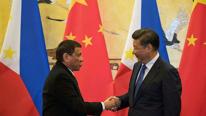 Duterte acusa a la CIA de querer expulsarlo del poder (y dice que China no lo permitirá)