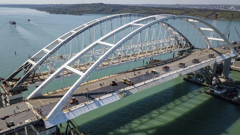 """Periodista que instó a Ucrania a bombardear el puente de Crimea: """"No lamento mi artículo"""""""