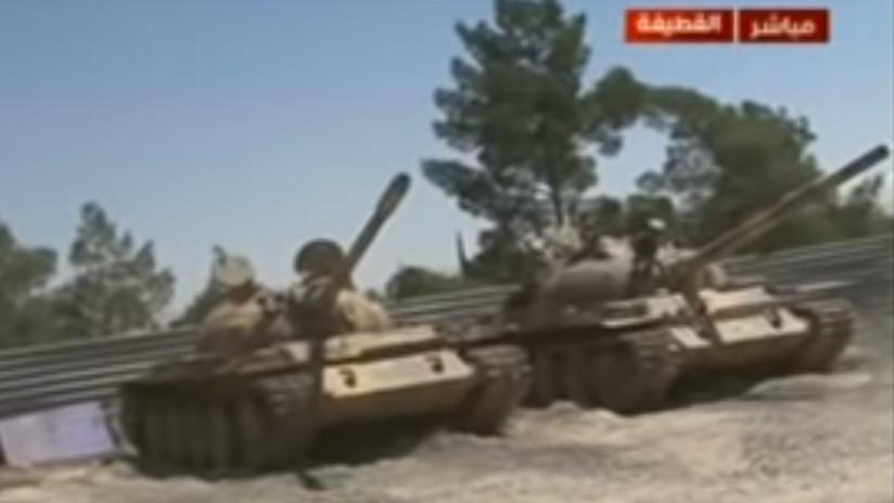 VIDEO: Milicianos abandonan tanques y otras armas en Siria