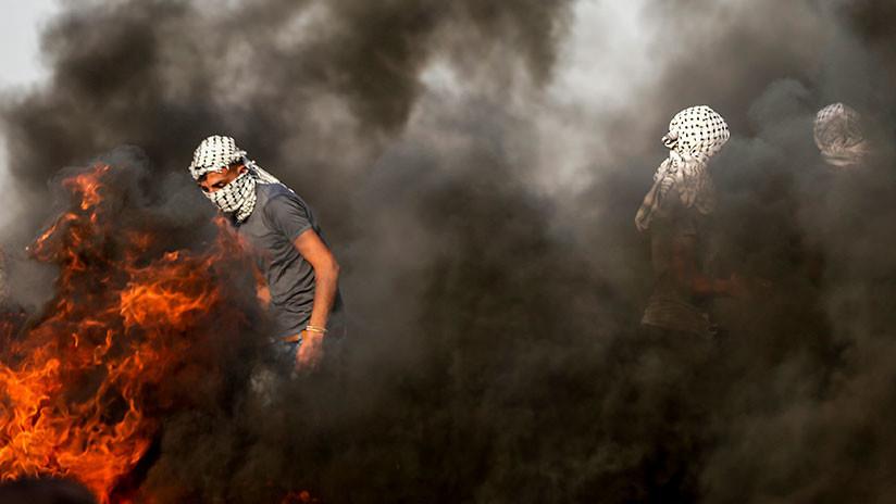 VIDEO: Un palestino de Gaza se prende fuego en protesta por impago de su salario