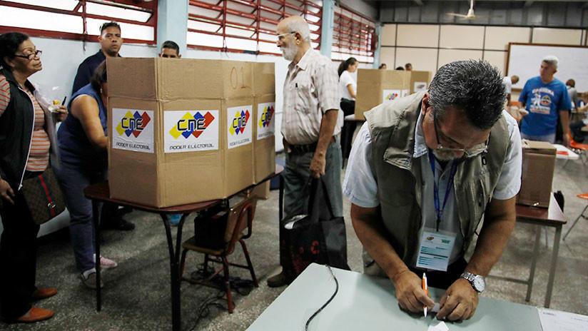 Inicia el cierre de mesas electorales en Venezuela