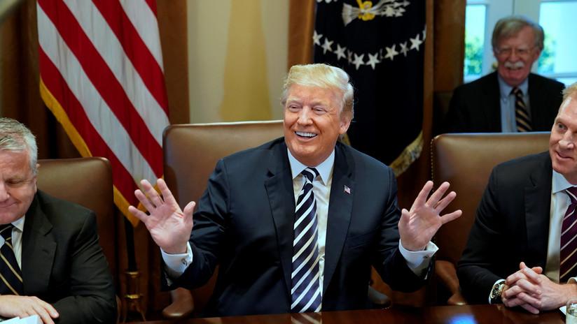 ¿Comete Trump errores en sus tuits intencionalmente? Expertos creen que sí