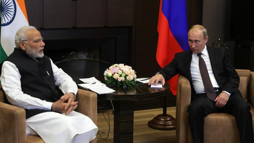"""""""Nuevo impulso"""": Putin y Modi mantienen una reunión informal """"extremadamente productiva"""" en Sochi"""