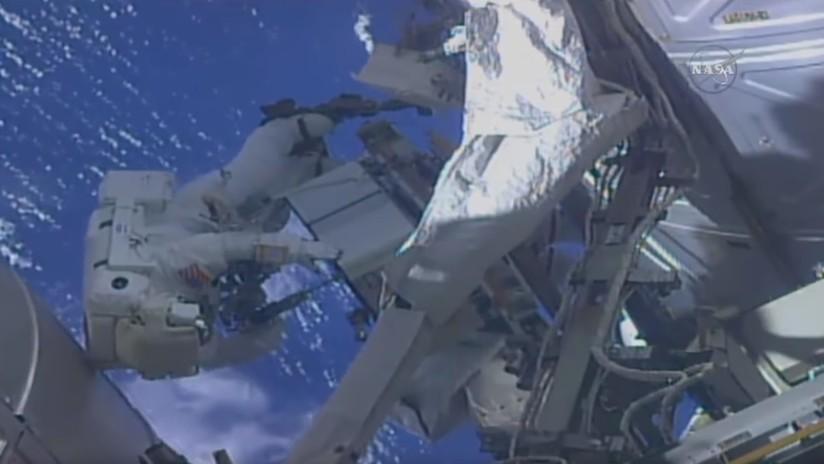 VIDEO: Astronauta de la NASA sale al espacio y se acuerda de que olvidó poner la memoria en su GoPro
