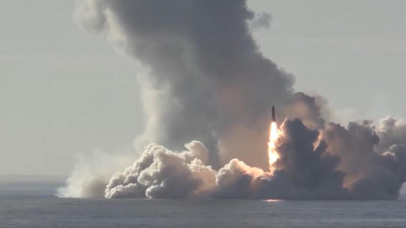 VIDEO: Momento exacto del lanzamiento de 4 misiles balísticos desde el submarino ruso Yuri Dolgoruki