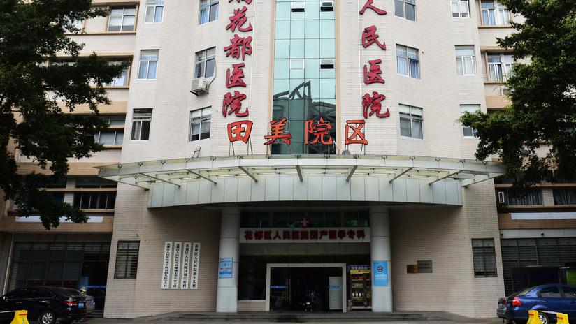 Hospital exige el pago de la factura a una mujer para poder ver a sus hijas recién nacidas