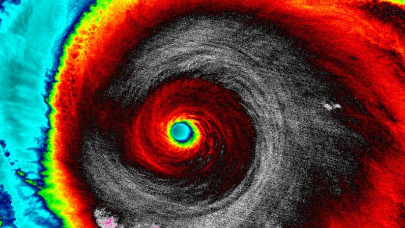Atravesando la atmósfera: Relámpagos de huracán lanzaron antimateria hacia la Tierra