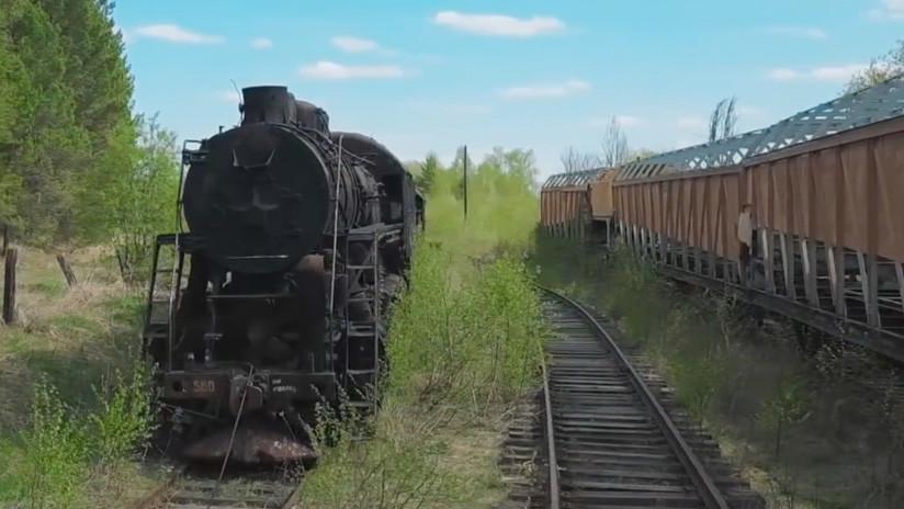 VIDEO: Un cementerio de trenes revela secretos e invita a viajar a la era soviética
