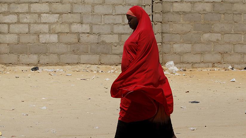 Mujeres secuestradas por Boko Haram son luego violadas por los soldados que las 'rescatan'