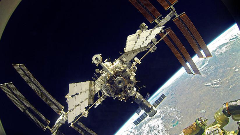 Científicos rusos convertirán la respiración de los astronautas en agua