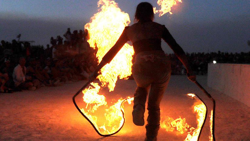 FUERTE VIDEO: Intenta hacer un truco con fuego y se prende así mismo