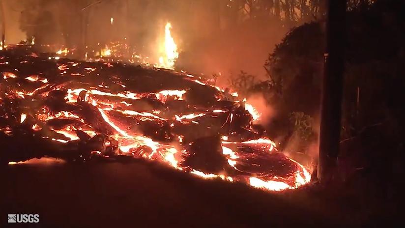 VIDEO: Imágenes 'infernales' muestran cómo la lava del volcán Kilauea 'devora' calles en Hawái