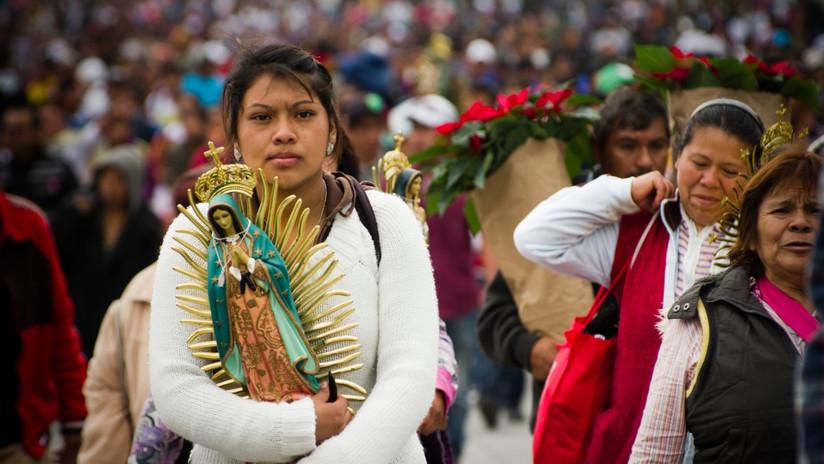 FOTOS: Virgen María empieza a 'llorar' en EE.UU. y convierte la iglesia en un lugar de peregrinación