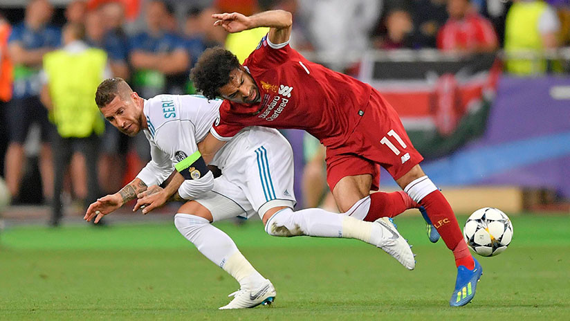 """""""Ingenioso"""": Analista de MMA explica la dura entrada de Ramos sobre Salah"""