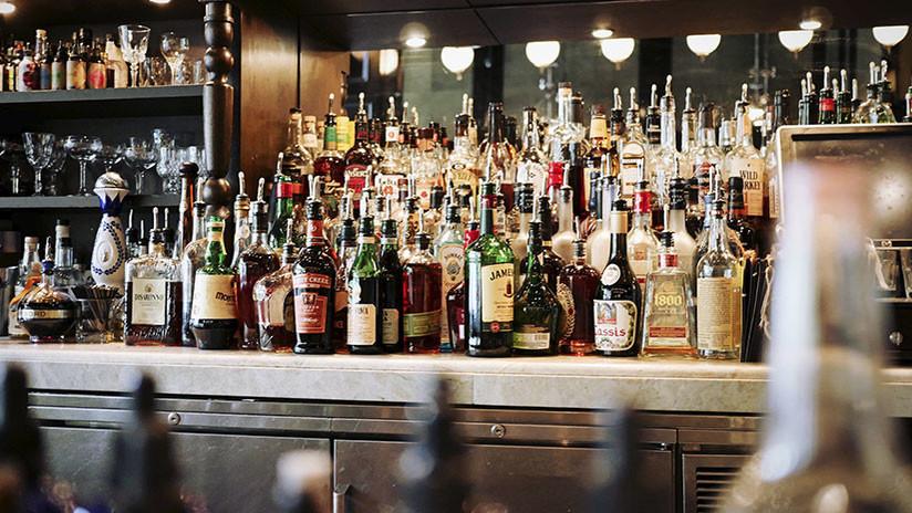 Científicos avisan para quiénes es más peligroso el alcohol (incluso en cantidades moderadas)