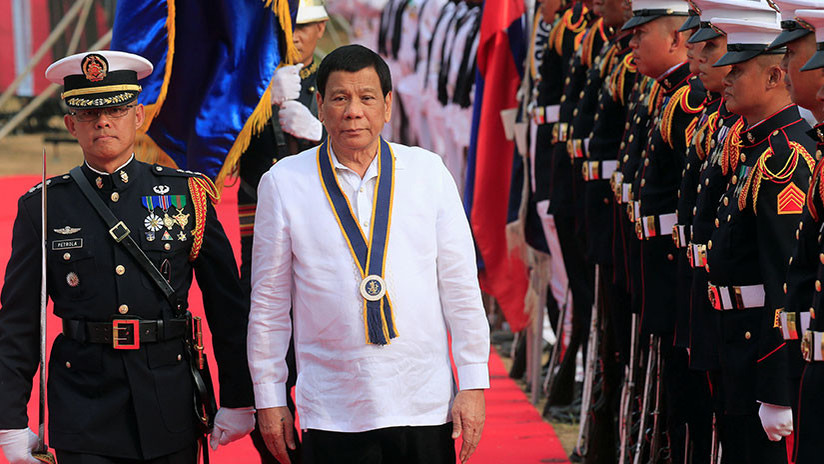 Duterte advierte a Pekín que la situación en el mar de China Meridional puede acabar en un conflicto