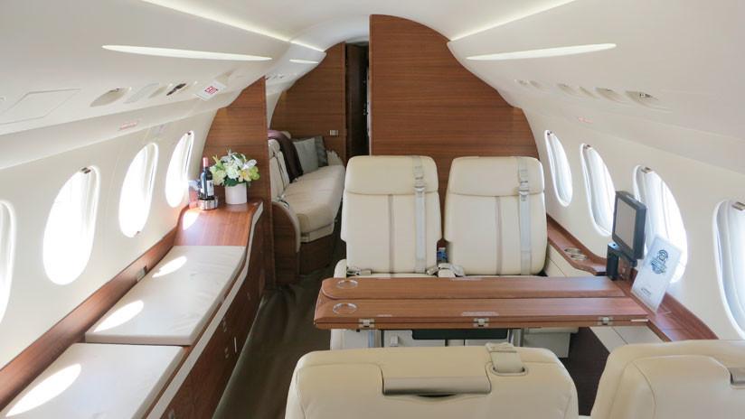 Un telepredicador pide a sus feligreses 54 millones de dólares para su cuarto avión privado