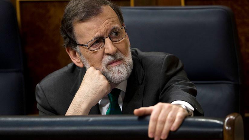 """Rajoy a Pablo Iglesias: los presupuestos """"se los van a tener que comer con patatas"""""""