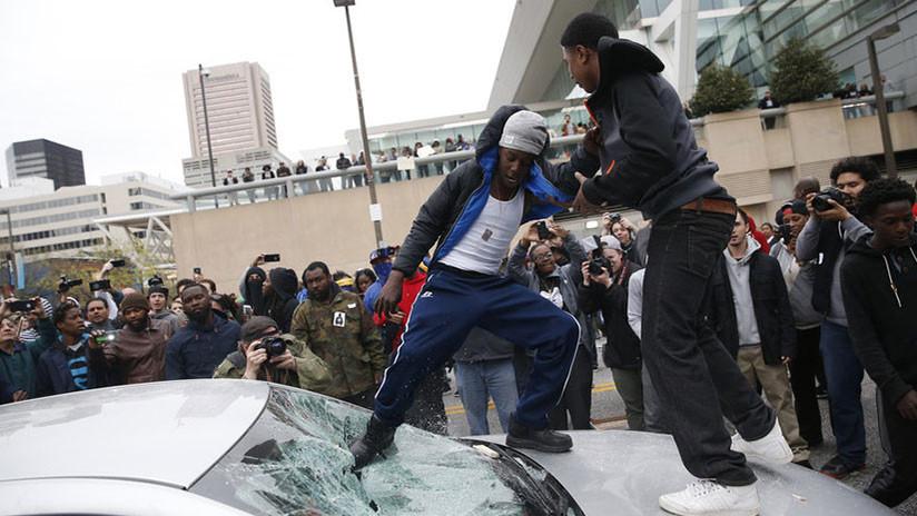 Crean un algoritmo capaz de predecir si las protestas se volverán violentas