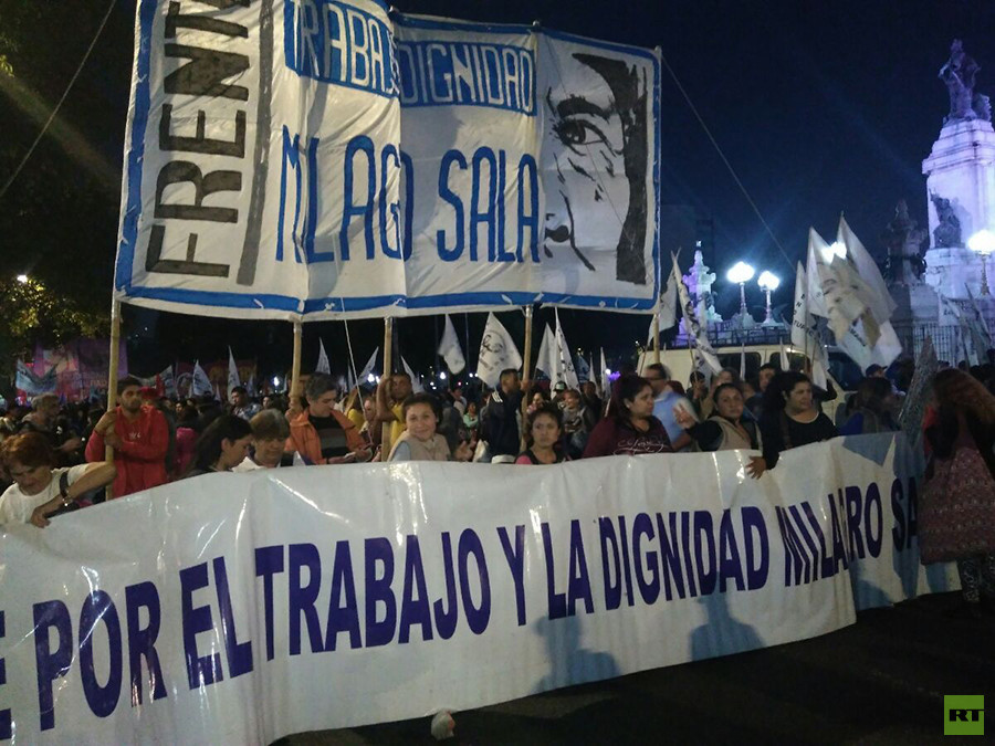 Noticias de Argentina - Página 2 5af39455e9180f6e628b456f