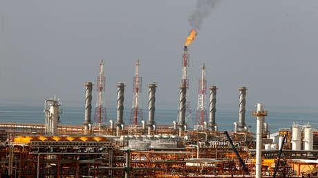 Instalaciones de producciónpetrolera en Irán.