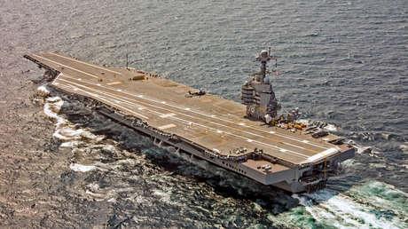 El USS Gerald R. Ford durante una travesía en el Océano Atlántico el 28 de julio de 2017.