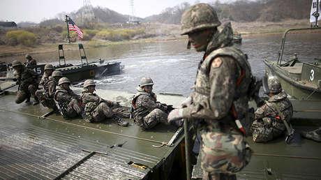 Soldados surcoreanos durante unos ejercicios conjuntos con EE.UU. en Yeongcheon (Corea del Sur), el 8 de abril de 2016.